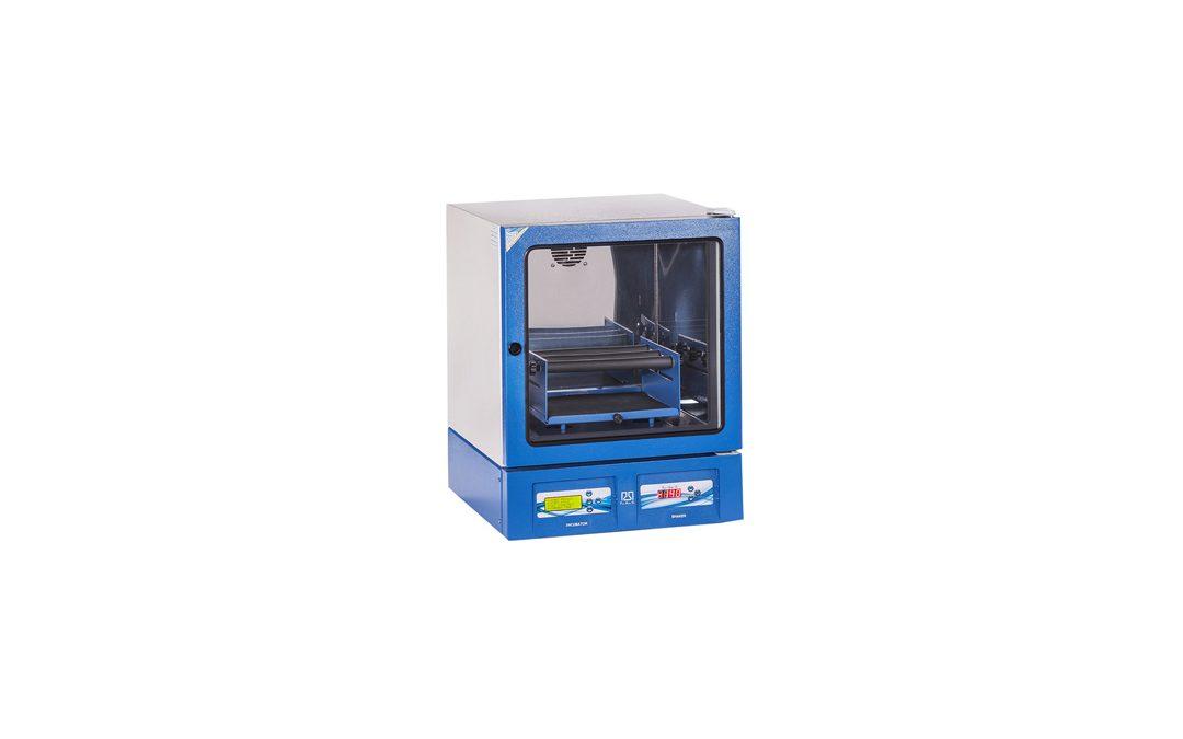 IncubatorShakerdar 1 1080x675 انکوباتور شیکردار | Shaker Incubator
